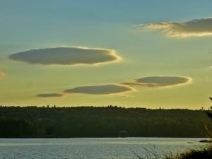 Lentil-shaped Clouds